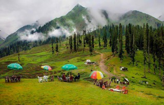 Lalazar - Tourist spot - Naran in Kaghan Valley, Pakistan